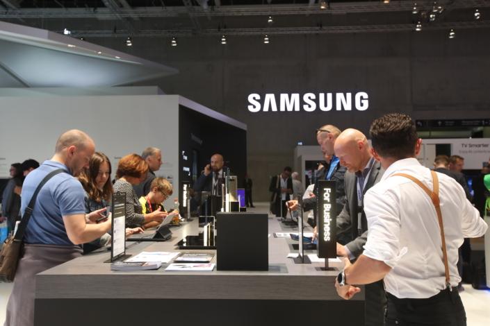 """Prekės ženklų reitinge """"Samsung"""" pakilo į šeštą vietą"""
