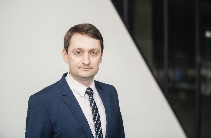 """Prof. Artūras Serackis: """"Dirbtinio intelekto inovatorių bendruomenė Lietuvoje auga itin sparčiai"""""""