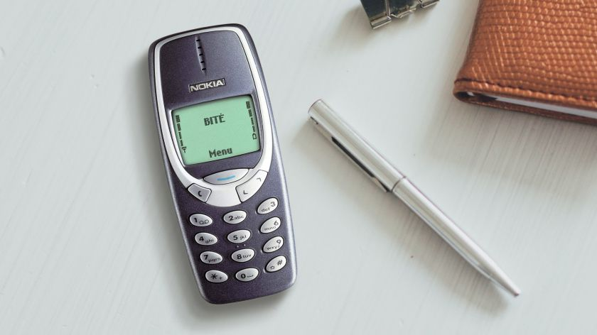 """Su gimtadieniu, """"Nokia 3310"""": kaip """"neužmušamas"""" telefonas tapo legenda?"""