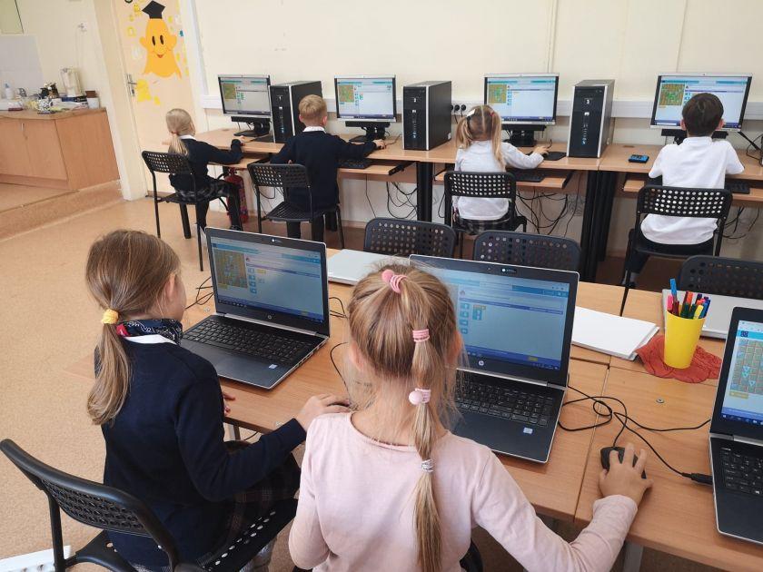 """IT mokytoja: """"Kaip galima sakyti, kad technologijos – ne mergaičių sritis, jei programavimo pradininkė buvo moteris?"""""""
